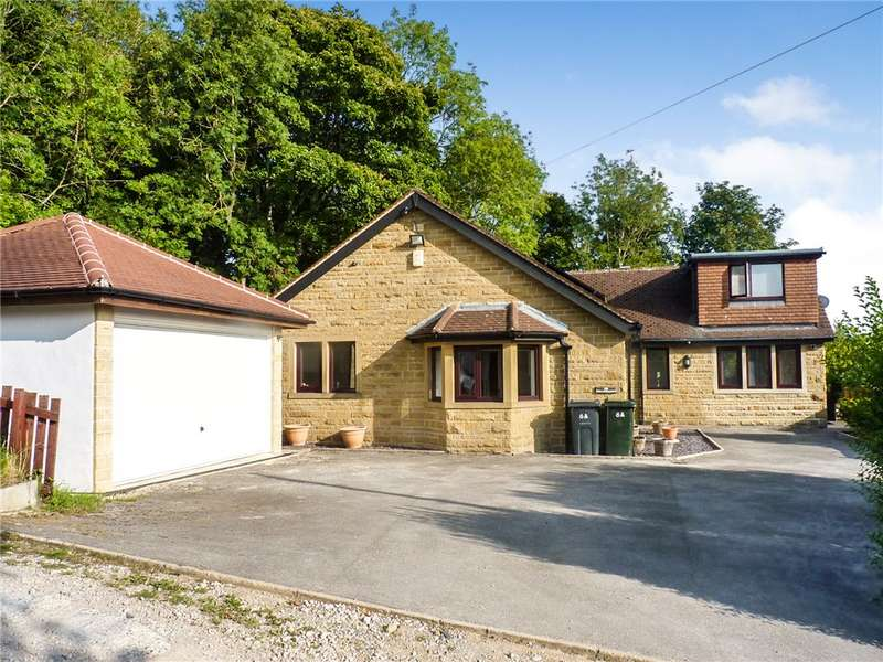 4 Bedrooms Detached Bungalow for sale in Scott Lane, Riddlesden, Keighley, West Yorkshire