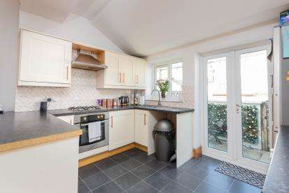 2 Bedrooms Terraced House for sale in Ivy Street, Colne, Lancashire, ., BB8