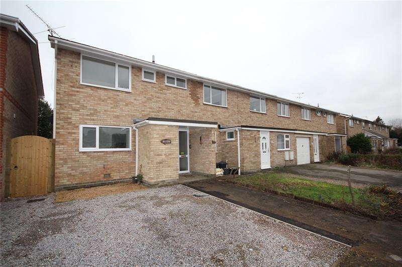 3 Bedrooms End Of Terrace House for sale in Forestside Gardens, Ringwood, Hampshire, BH24