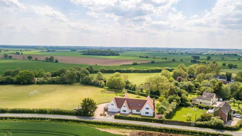 5 Bedrooms Detached House for sale in Bardfield End Green, Thaxted, Dunmow
