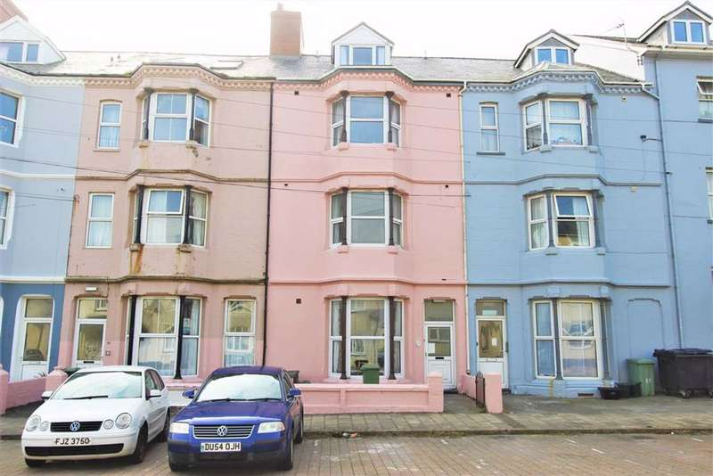 5 Bedrooms Terraced House for sale in Cambrian Terrace, Borth