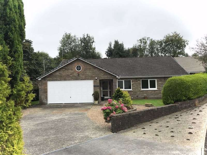 4 Bedrooms Detached Bungalow for sale in Glanarberth, LLECHRYD, Ceredigion