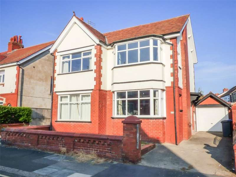 4 Bedrooms Detached House for sale in Lincoln Road, Blackpool, Lancashire
