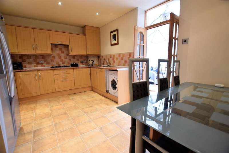 2 Bedrooms Terraced House for sale in Edwell Avenue, Blackpool