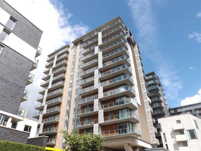 2 Bedrooms Maisonette Flat for sale in Blackfriars Road, Salford, Greater Manchester, M3