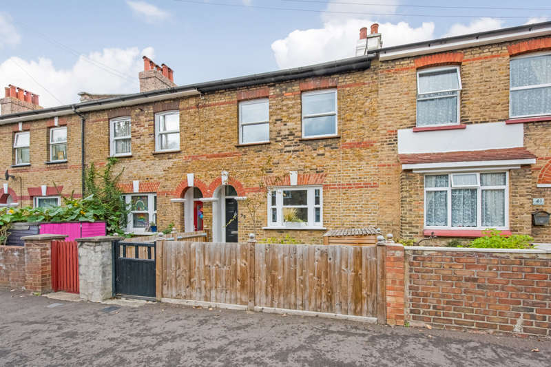 3 Bedrooms Terraced House for sale in Whateley Road, Penge