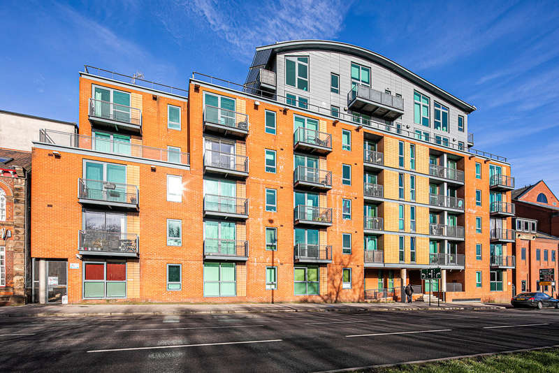 2 Bedrooms Flat for sale in Jet Centro, St Marys Road