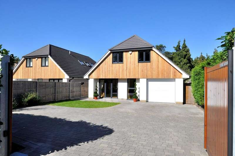 4 Bedrooms Detached House for sale in St Ives, Ringwood, BH24 2LH