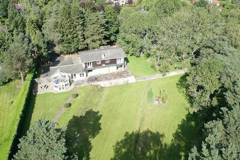 4 Bedrooms Detached House for sale in Runnymede Road, Darras Hall, Ponteland, Newcastle Upon Tyne