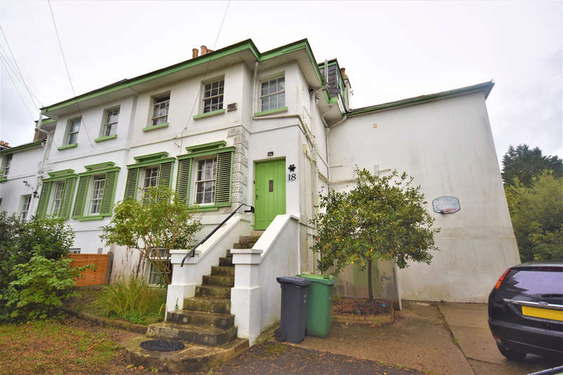 6 Bedrooms Semi Detached House for sale in Staplers Road, Newport