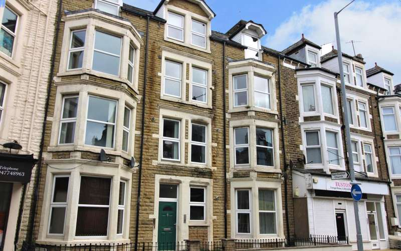 2 Bedrooms Flat for sale in Euston Road, Morecambe