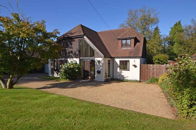 4 Bedrooms Property for sale in Windsor Road, Medstead, Alton, Hampshire