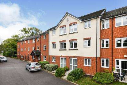 1 Bedroom Flat for sale in Southend Road, Billericay, Essex