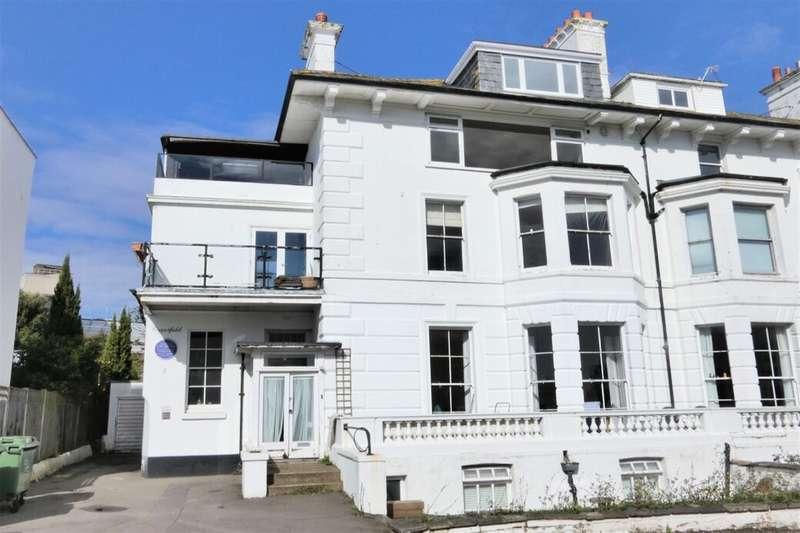 2 Bedrooms Flat for sale in Albion Villas, Folkestone, CT20