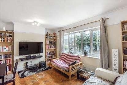 1 Bedroom Maisonette Flat for sale in Upper Elmers End Road, Beckenham