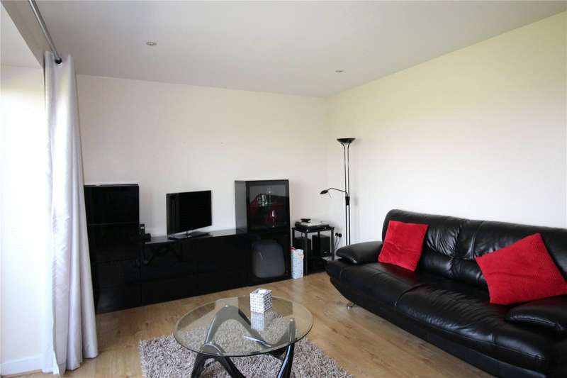 1 Bedroom Apartment Flat for sale in Tutton House, 45 Nursery Grove, Gravesend, Kent, DA11
