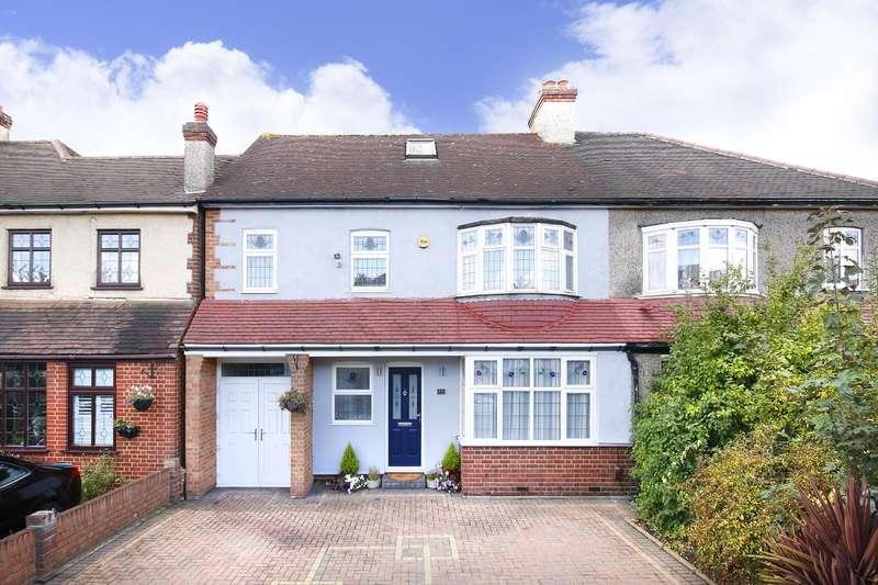 4 Bedrooms Semi Detached House for sale in Brampton Road, Bexleyheah, Kent, DA7 5SA