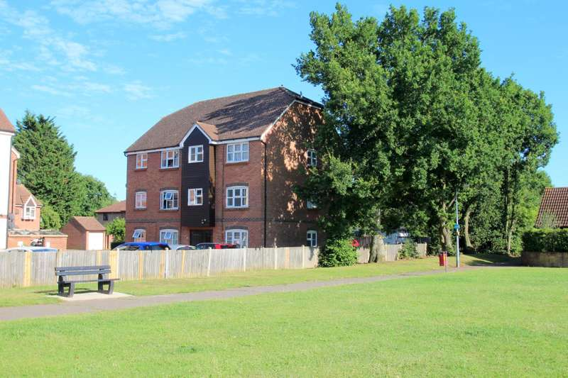 1 Bedroom Apartment Flat for sale in Harvard Court, Colchester