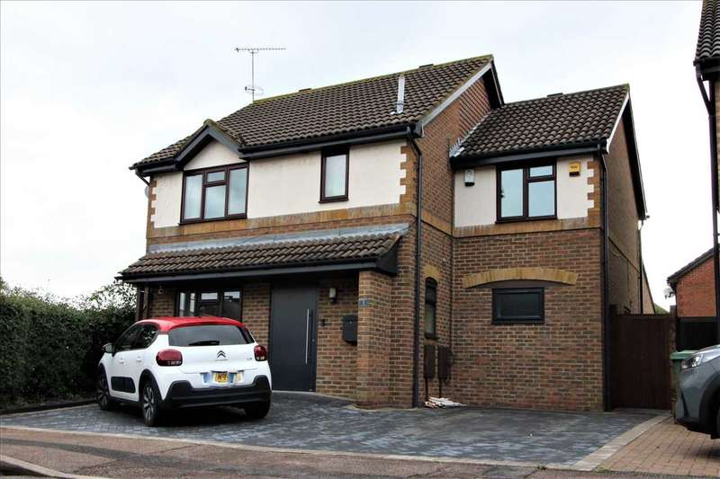 5 Bedrooms Detached House for sale in Ark Avenue