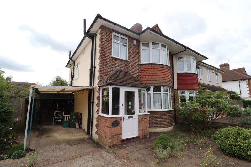 3 Bedrooms Semi Detached House for sale in Dukes Way, West Wickham, BR4