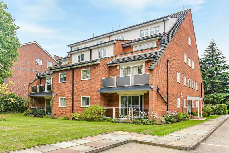 2 Bedrooms Flat for sale in Gatcombe Court, 65 Park Road, Beckenham, BR3