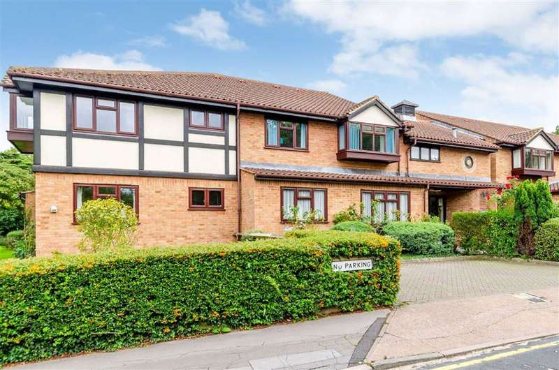1 Bedroom Retirement Property for sale in Forge Close, Hayes, Kent