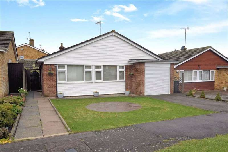 2 Bedrooms Detached Bungalow for sale in Higham View, North Weald