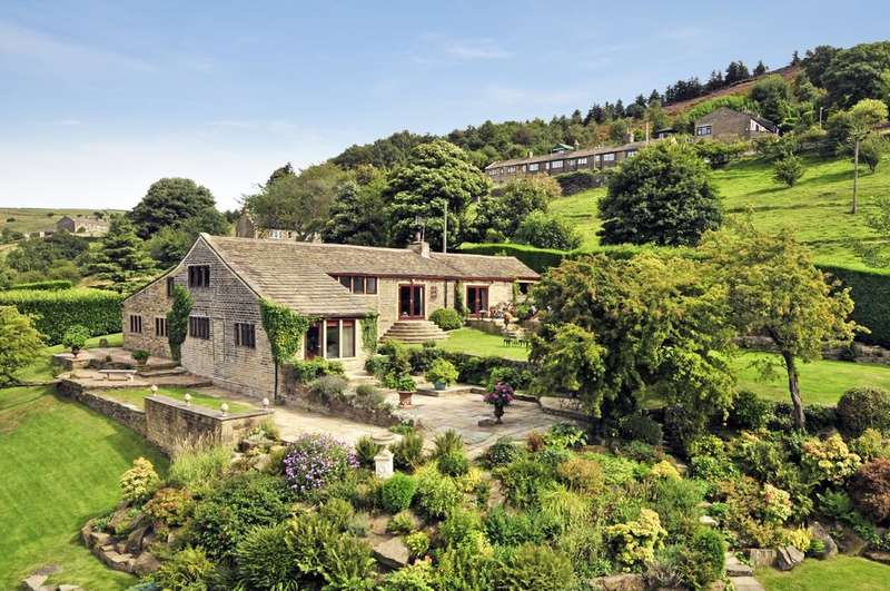 5 Bedrooms Detached House for sale in Whiskers Lane, Shibden, Halifax