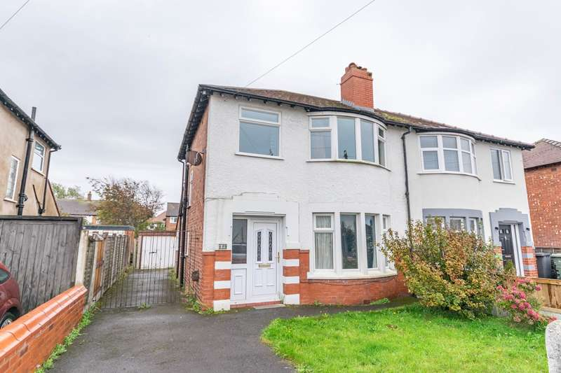 3 Bedrooms Semi Detached House for sale in Chatham Avenue, Lytham St Annes, FY8