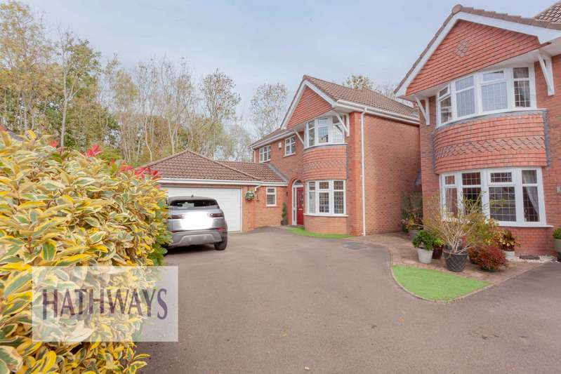 4 Bedrooms Property for sale in Lansdowne Gardens, Llantarnam, Cwmbran