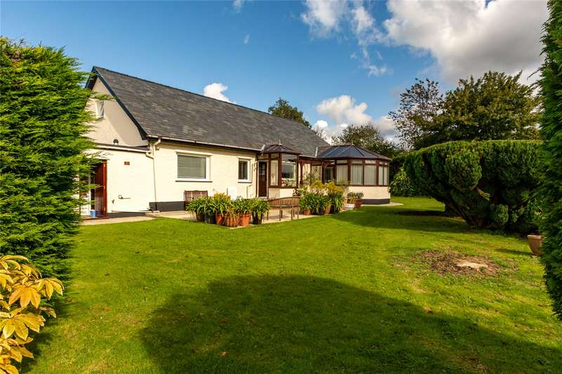 4 Bedrooms Detached House for sale in Lon Cae Metta, Llanrug, Caernarfon, Gwynedd, LL55