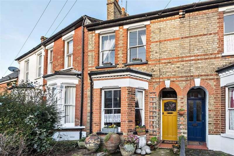 3 Bedrooms House for sale in Carnarvon Road, High Barnet, Hertfordshire