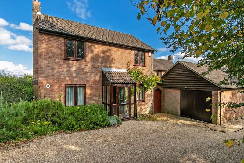 3 Bedrooms Detached House for sale in Rooks Down Road, Badger Farm, Winchester, SO22