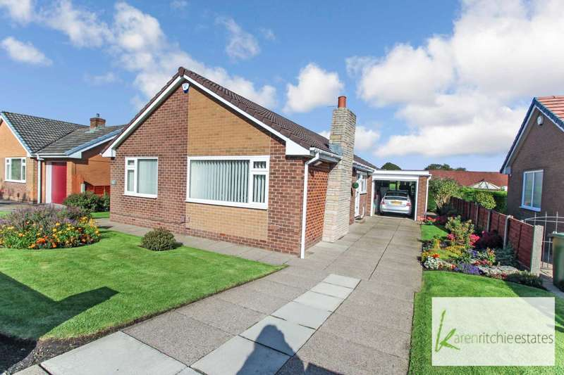 3 Bedrooms Bungalow for sale in Beaumont Drive, Bolton