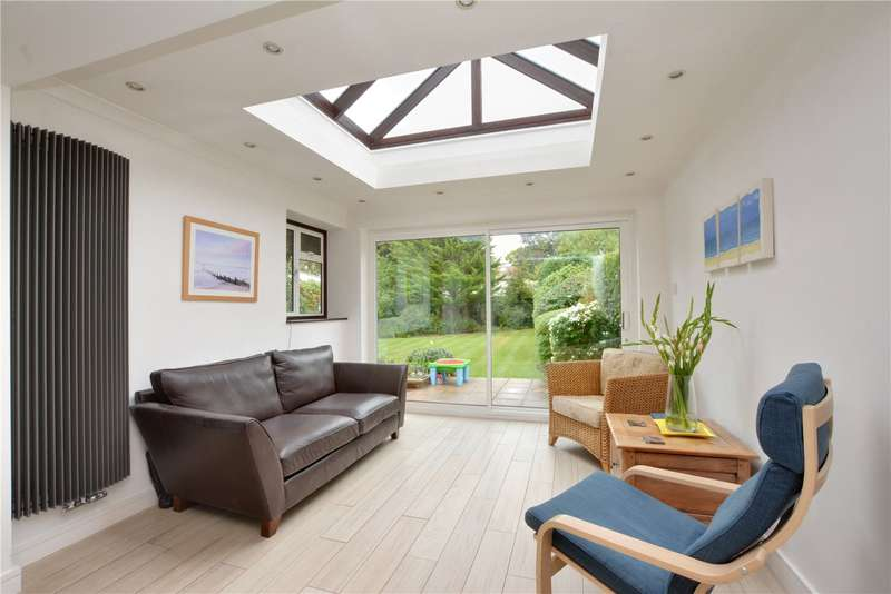 4 Bedrooms Semi Detached House for sale in Sandy Ridge, Chislehurst, BR7