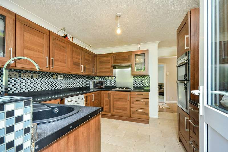 4 Bedrooms Detached House for sale in Longham Copse, Downswood, Maidstone, Kent, ME15
