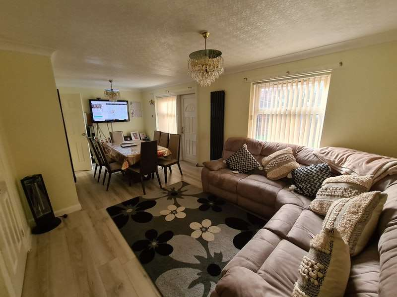 3 Bedrooms Terraced House for sale in Brentwood Street, Manchester, Greater Manchester, M16