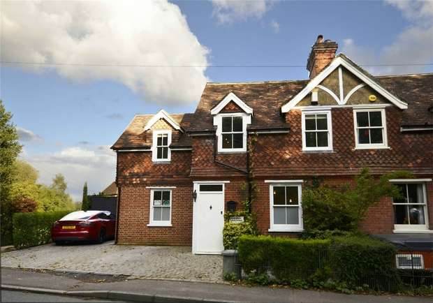 4 Bedrooms Semi Detached House for sale in Chevening Road, Sundridge, Sevenoaks, Kent