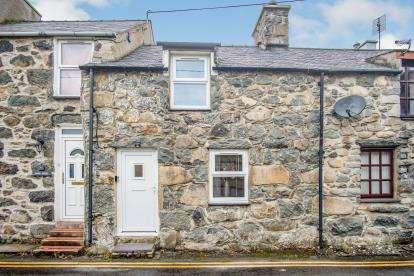 1 Bedroom Terraced House for sale in Glan Y Wern, Chwilog, Pwllheli, Gwynedd, LL53