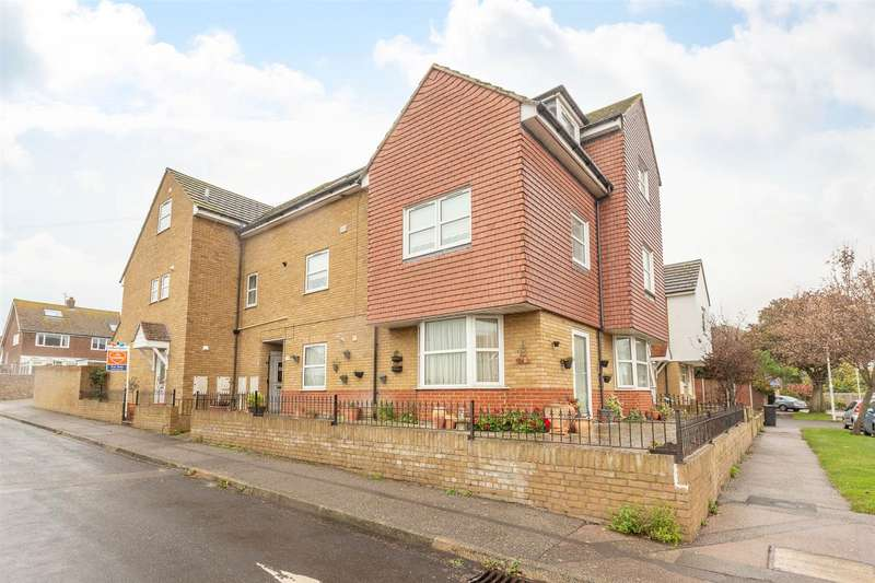 2 Bedrooms Maisonette Flat for sale in Egbert Road, BIRCHINGTON