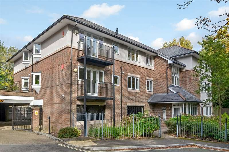 2 Bedrooms Flat for sale in Sarum Road, Winchester, SO22