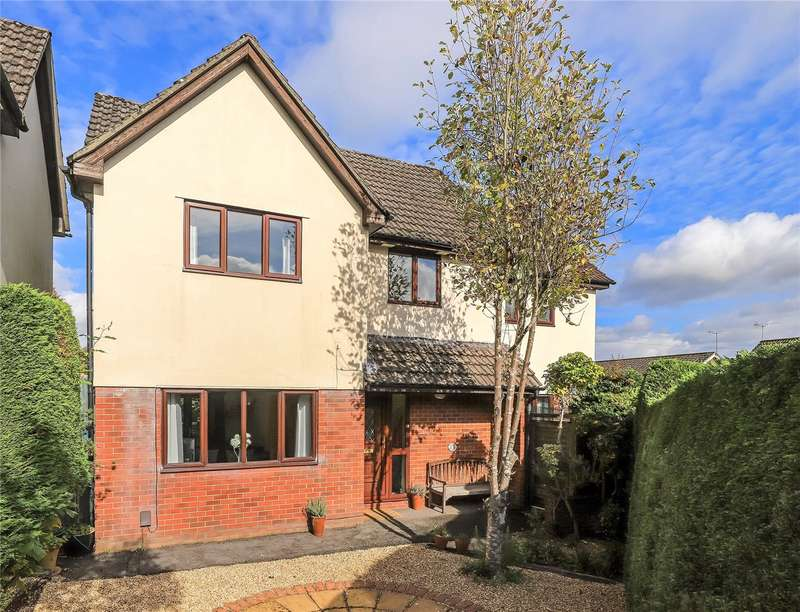 4 Bedrooms Detached House for sale in Cundell Way, Kings Worthy, Winchester, SO23