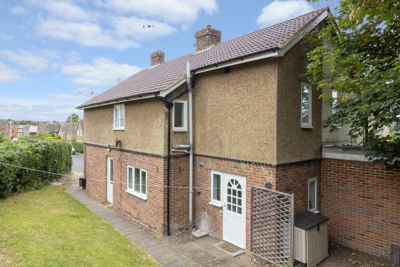 4 Bedrooms Semi Detached House for sale in Pretoria Road, Canterbury, CT1