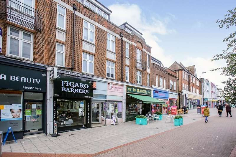 3 Bedrooms Flat for rent in High Street, Sutton, SM1
