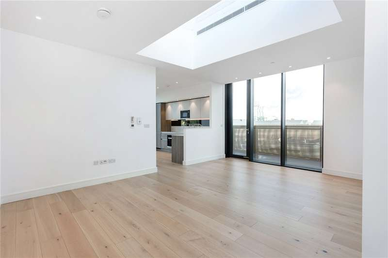 3 Bedrooms Flat for rent in Hanbury Street, London, E1