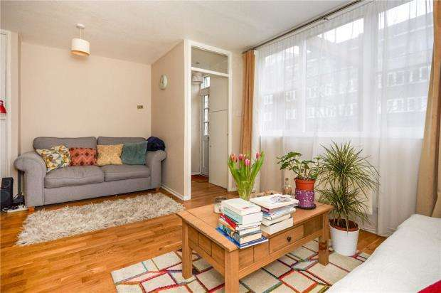 1 Bedroom Apartment Flat for sale in Hazel Grove, Sydenham, London