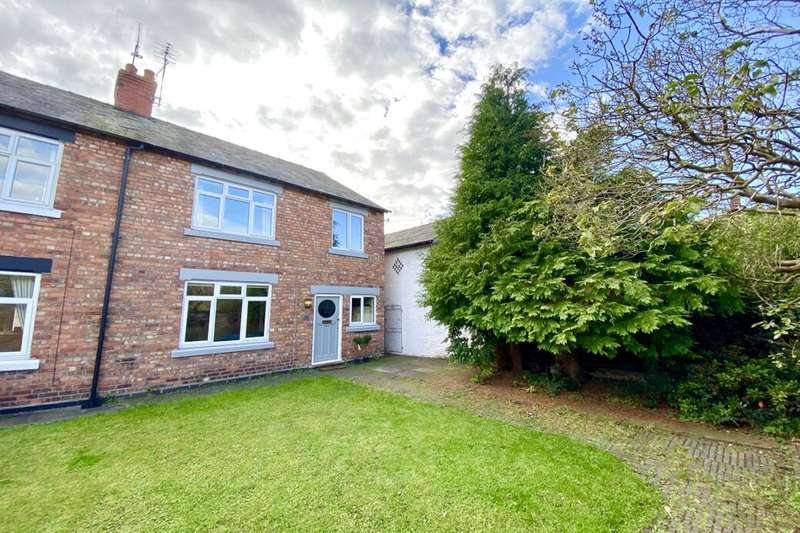 3 Bedrooms Semi Detached House for rent in Hillfield View, Nantwich, CW5
