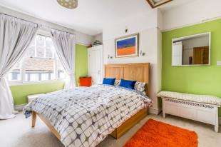 3 Bedrooms Terraced House for sale in High Street, Aylesford, Kent