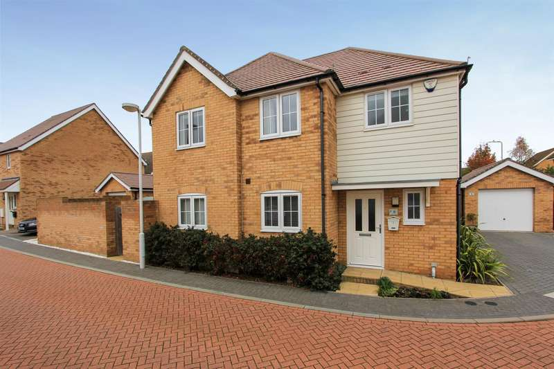 4 Bedrooms Detached House for sale in Aurum Close, Whitstable
