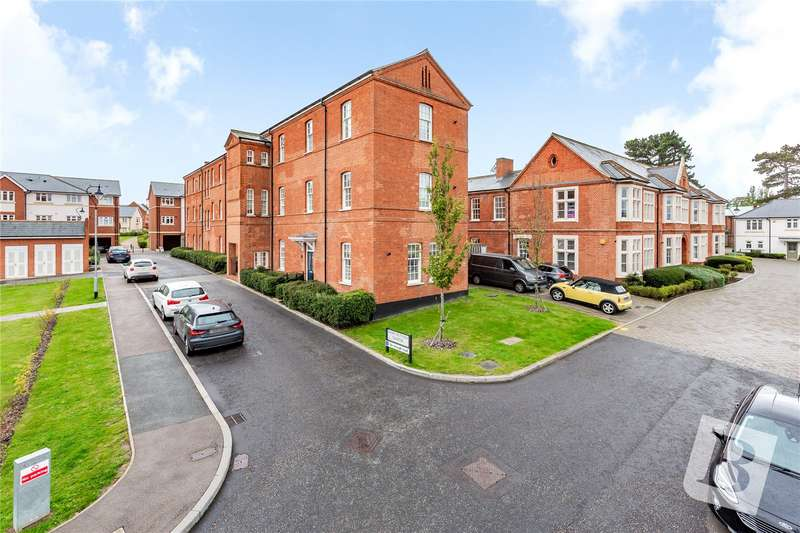 2 Bedrooms Apartment Flat for sale in Mary Munnion Quarter, Chelmsford, CM2